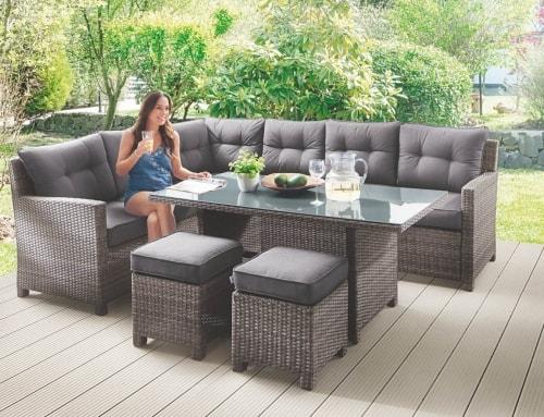 Moderne Garten-Sitzgruppe mit viel Platz!