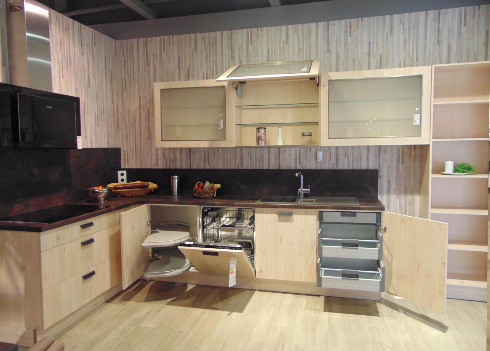 Einbauküche mit Kochinsel   Möbelhof Adersheim